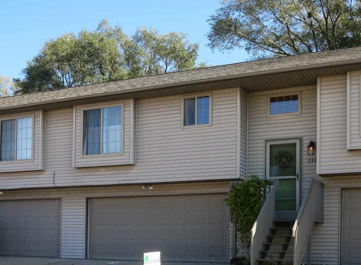 111 Northridge Dr, West Branch, IA 52358
