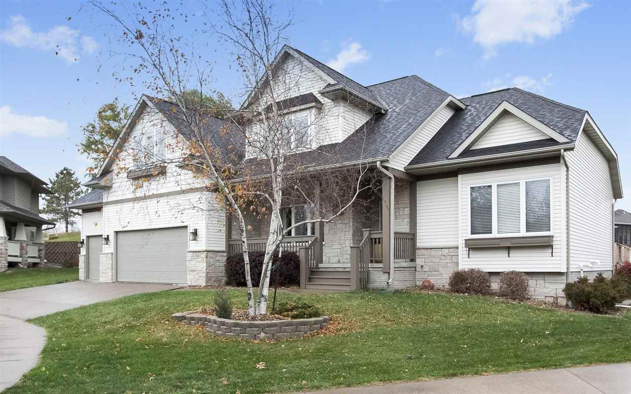 1745 Brown Deer Ridge, Coralville, IA 52241