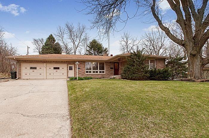 2608 Ferndale Dr, Iowa City, IA 52245