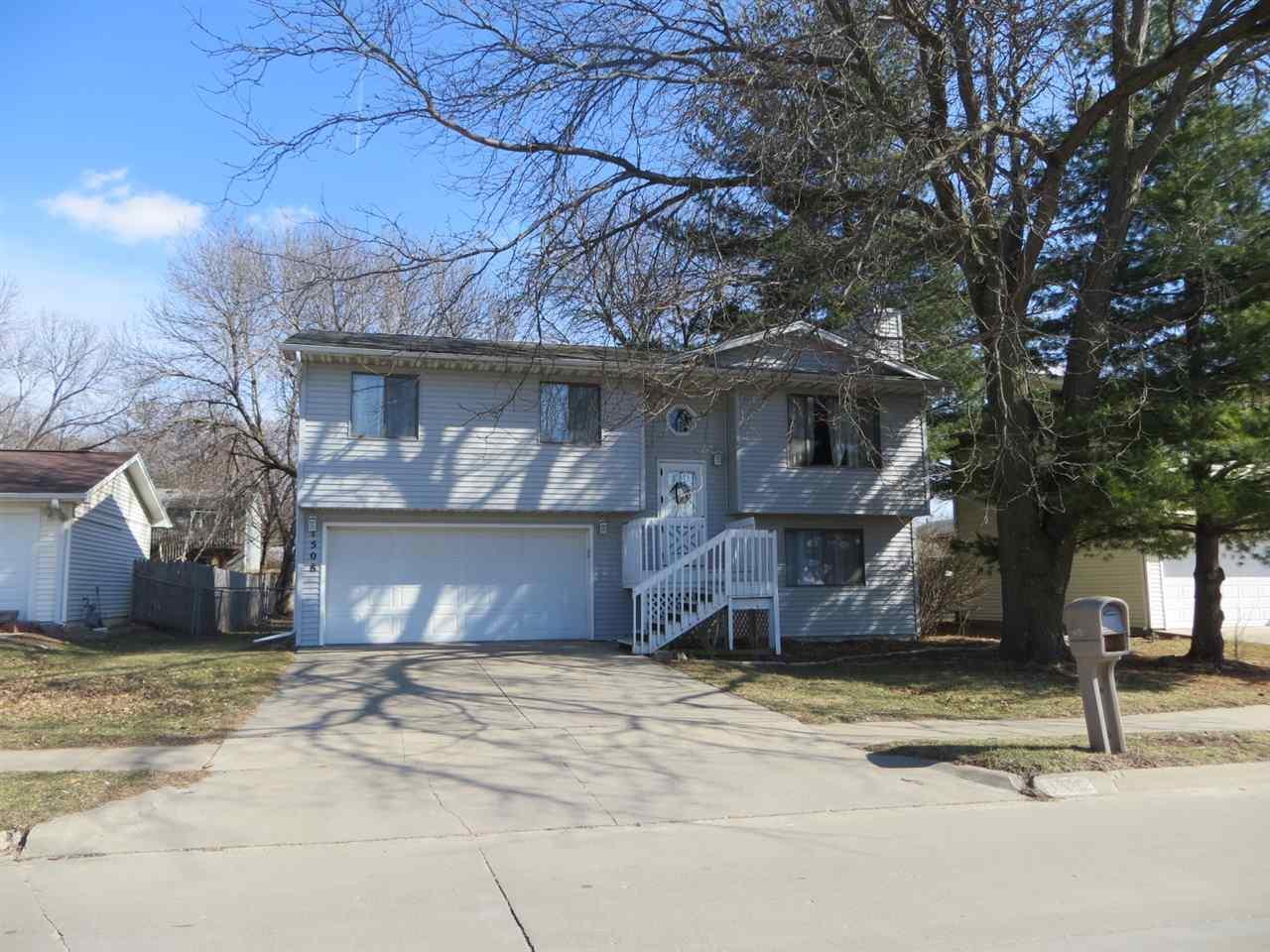 1508 Dover St, Iowa City, IA 52240