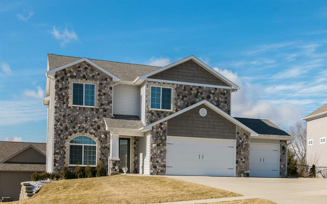 2876 Diamond Mil Lane, Coralville, IA 52241