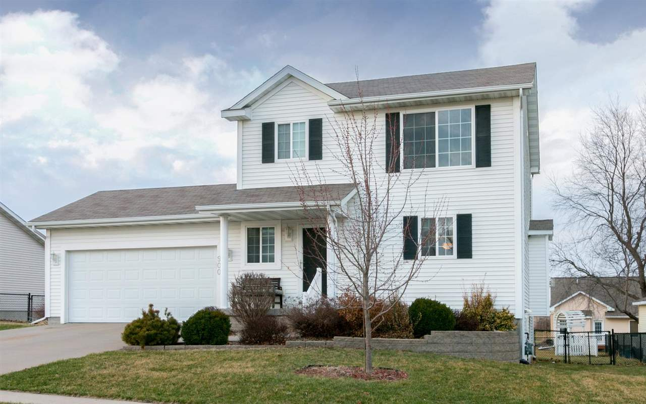 900 Maple St, North Liberty, IA 52317
