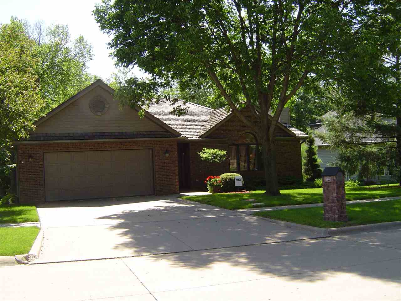 1944 Brown Deer Trail, Coralville, IA 52241