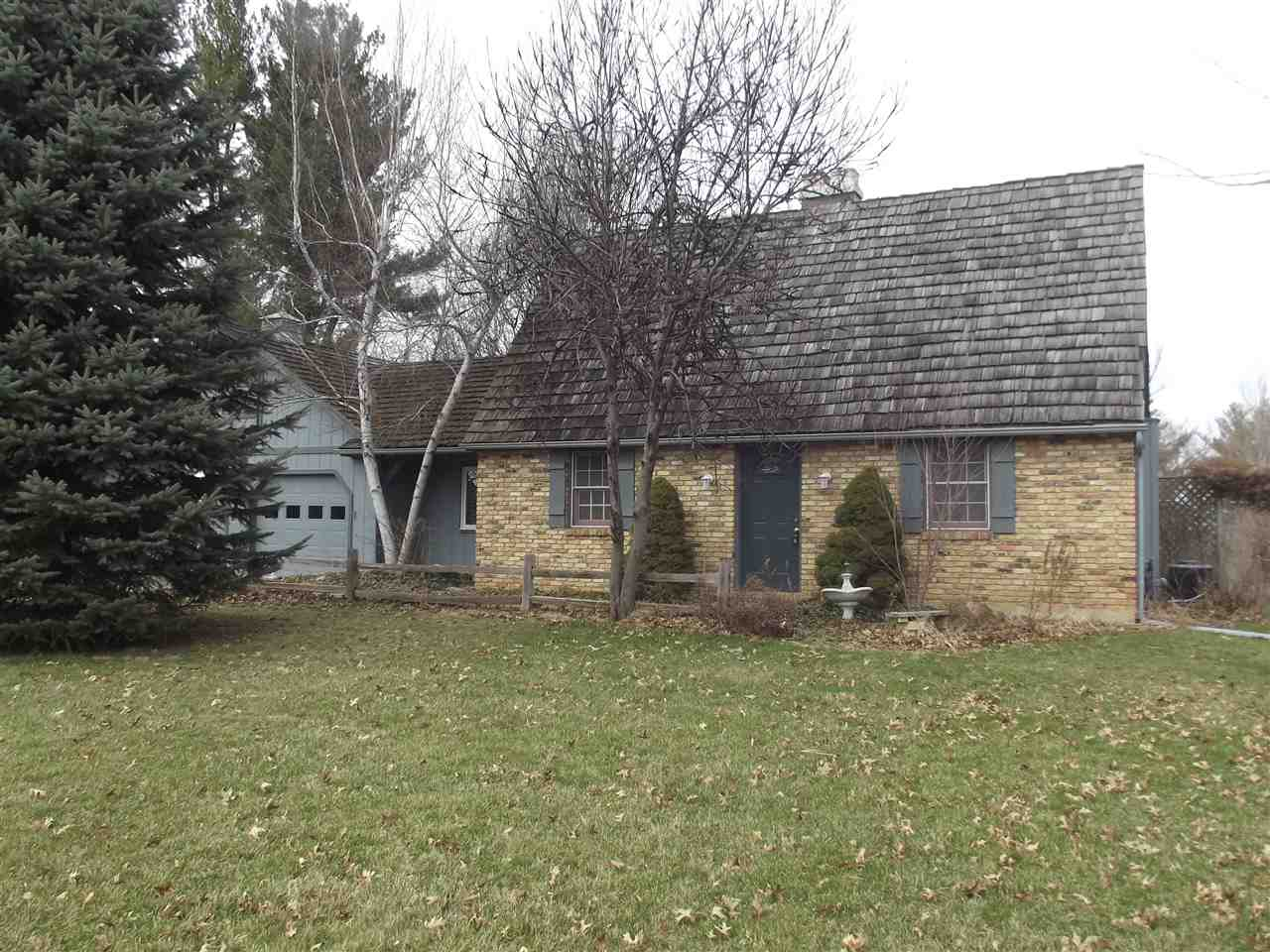 309 Holiday Road, Coralville, IA 52241