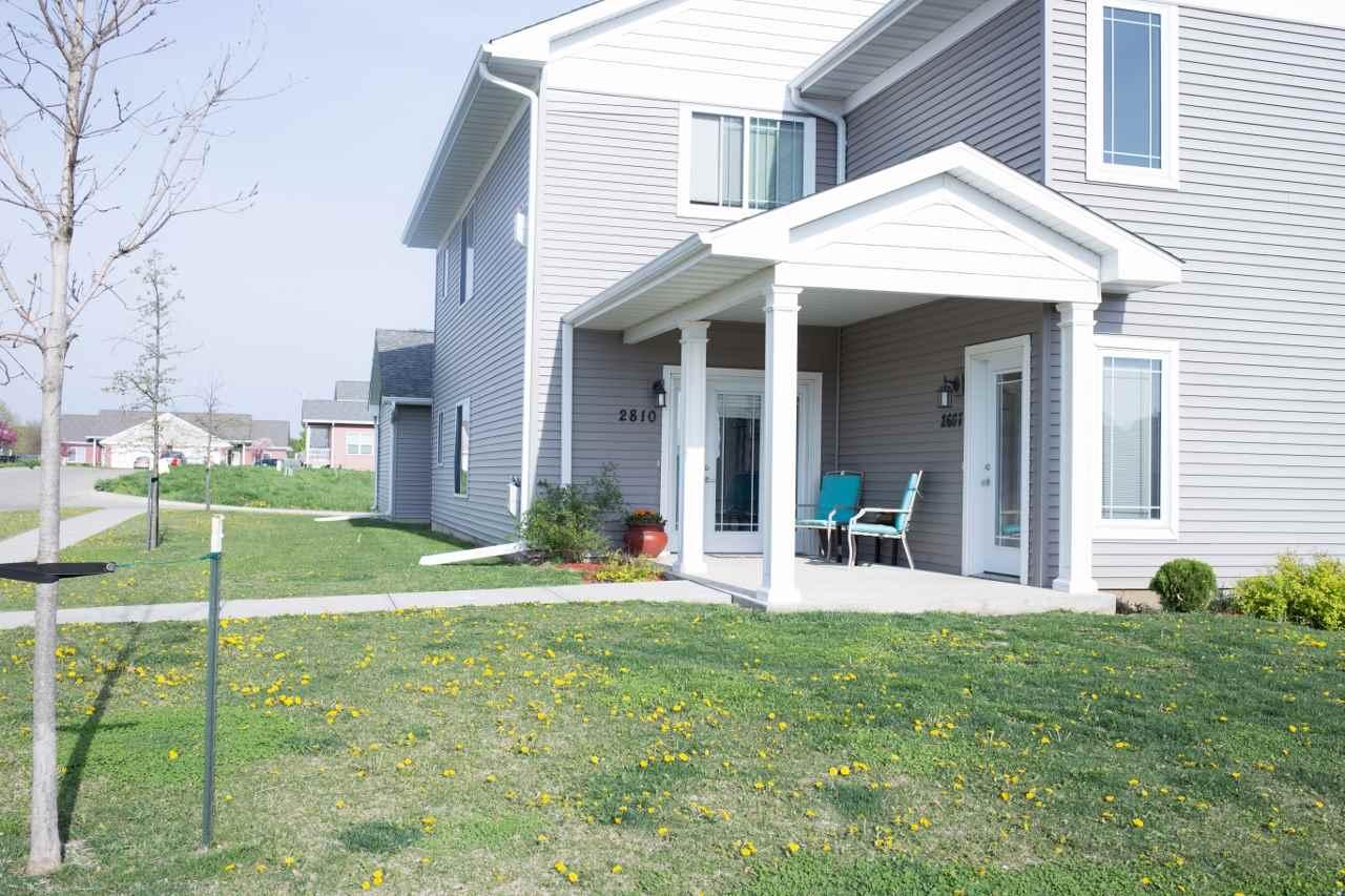 2810 Whispering Meadow Dr., Iowa City, IA 52240