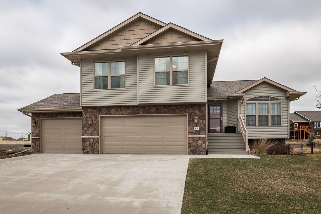 63 Colchester DR, Iowa City, IA 52245