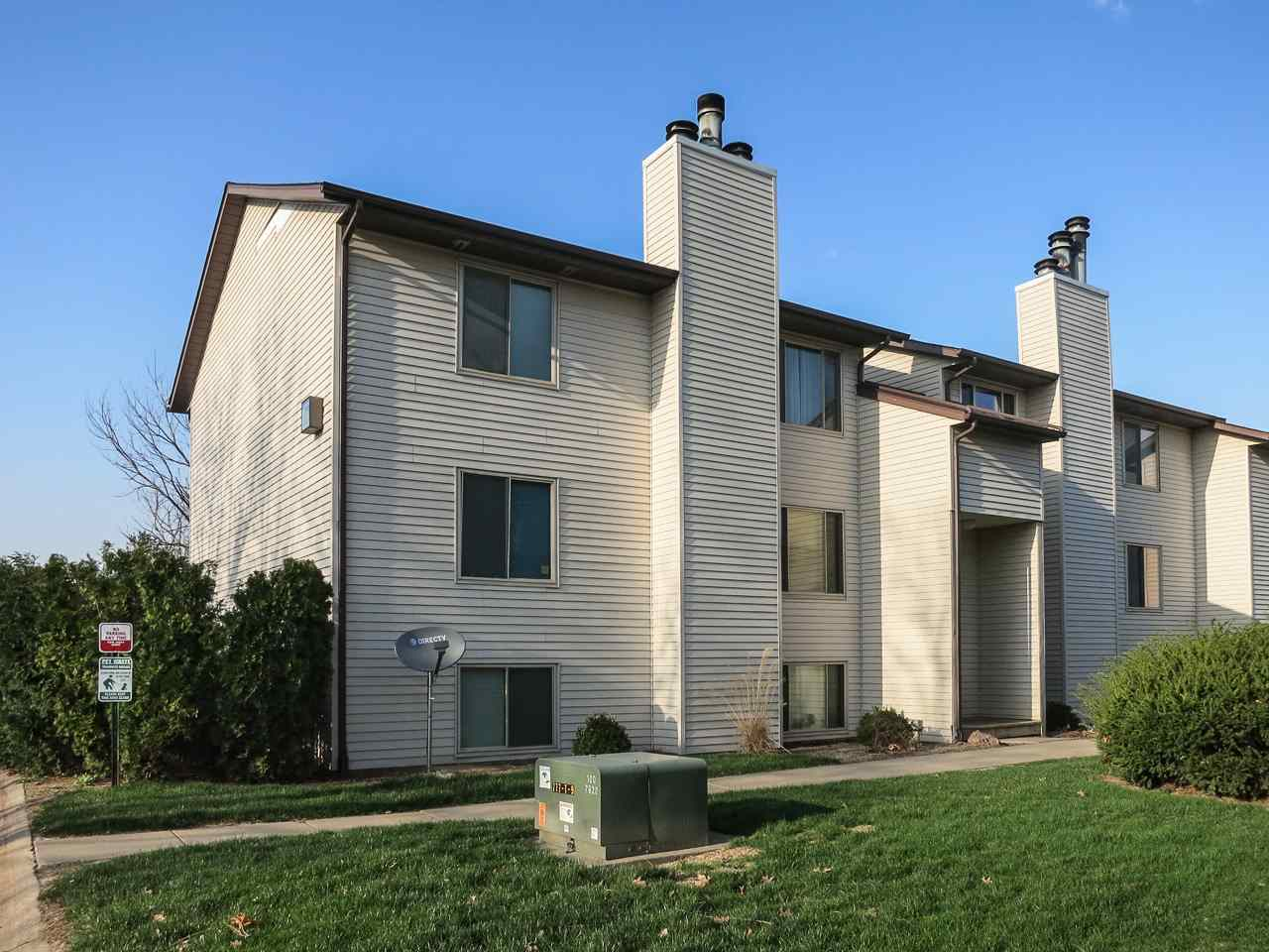 944 23rd Ave Pl, Coralville, IA 52241