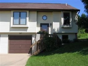 2051 SOUTH RIDGE DR, Coralville, IA 52241