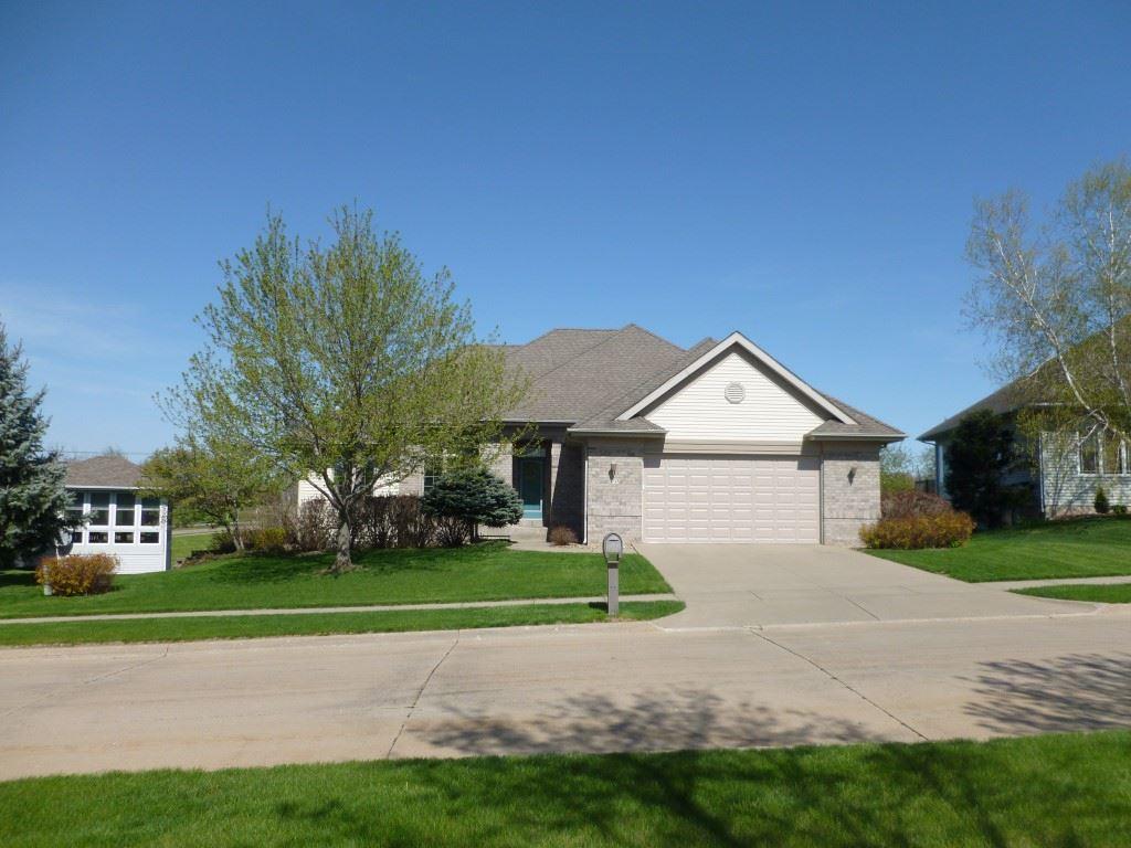 70 Donegal Pl., Iowa City, IA 52246