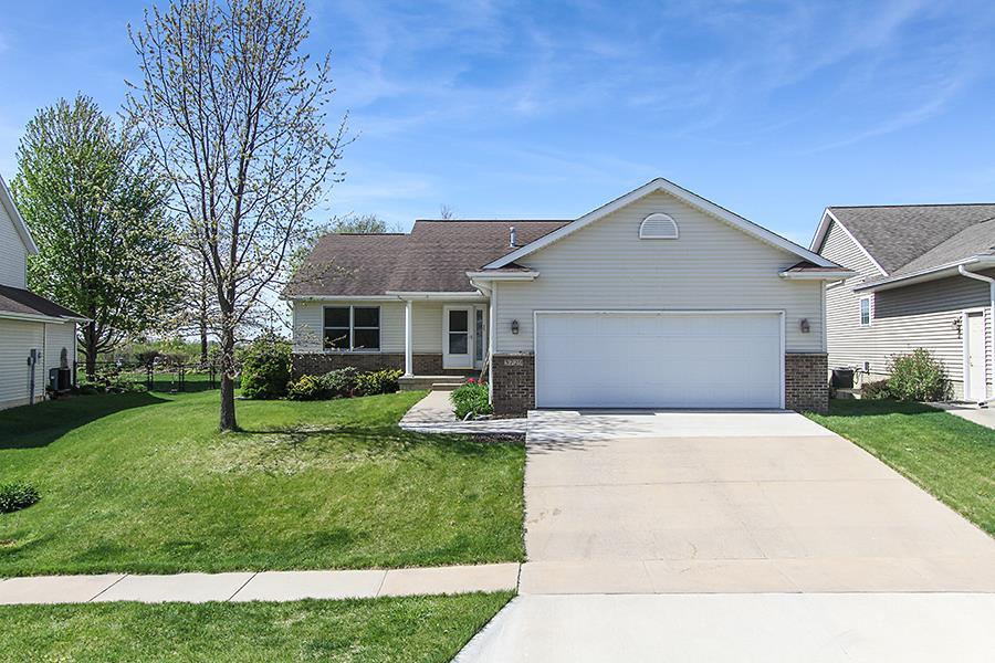 3729 Donegal Ct, Iowa City, IA 52246