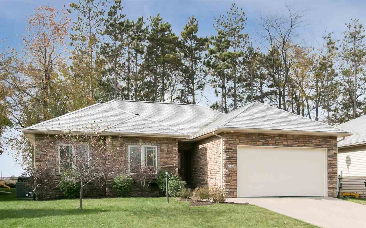 2250 DEMPSTER DR, Coralville, IA 52241