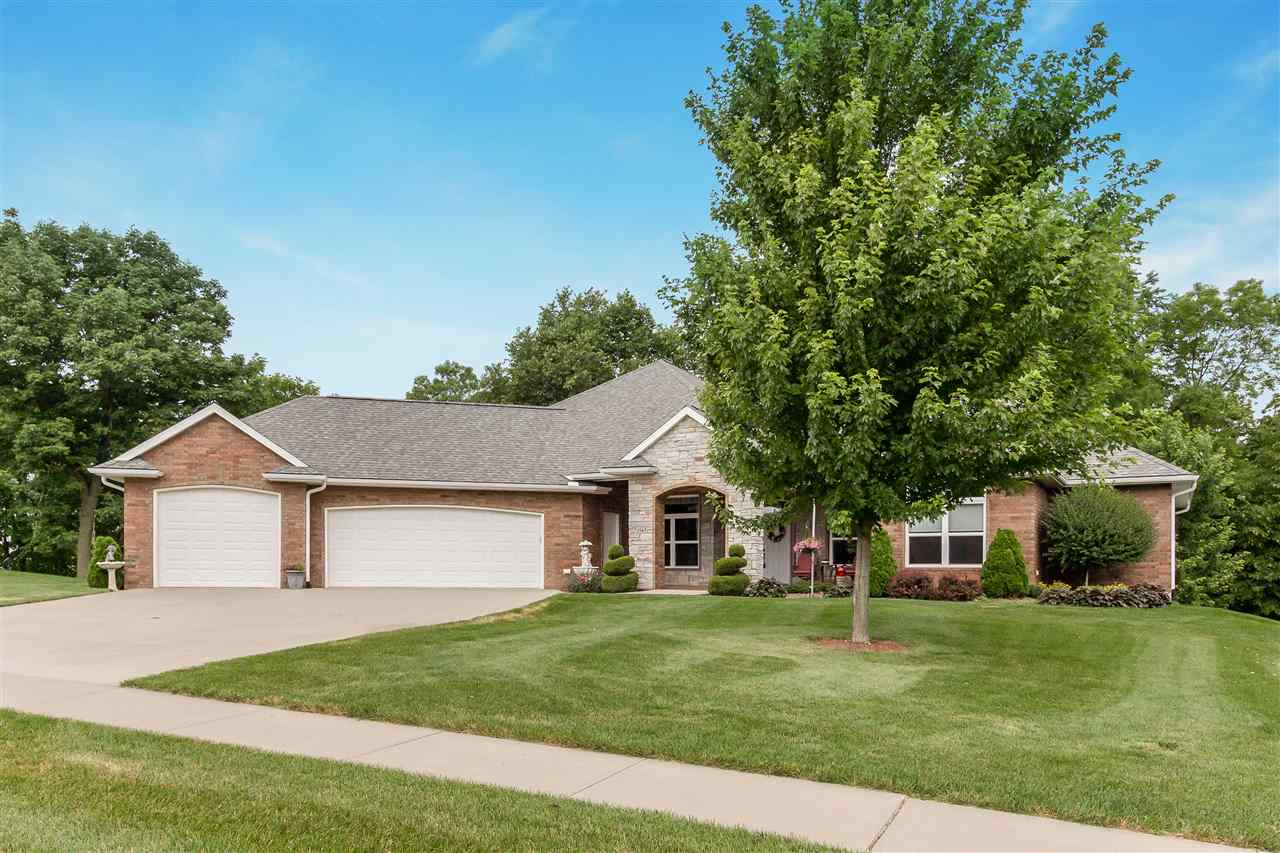 1565 Ironwood Lane, North Liberty, IA 52317