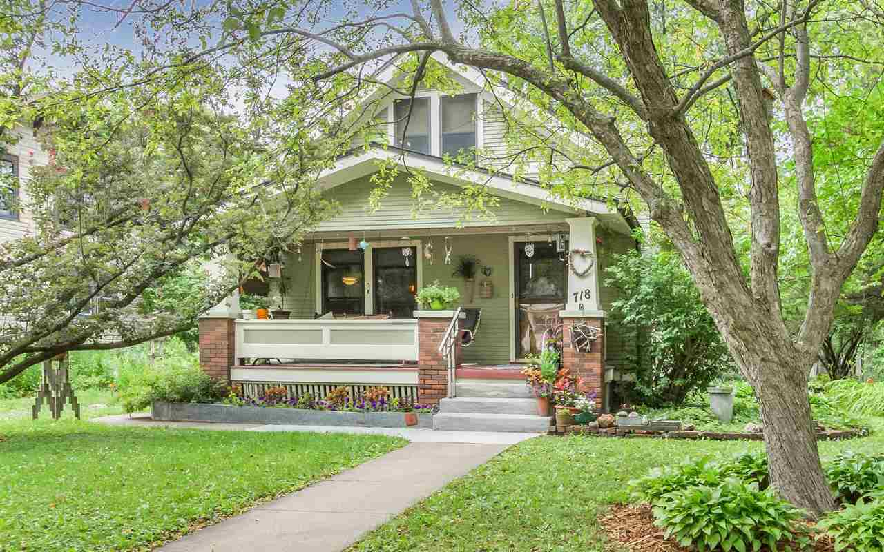 718 Walnut St., Iowa City, IA 52240