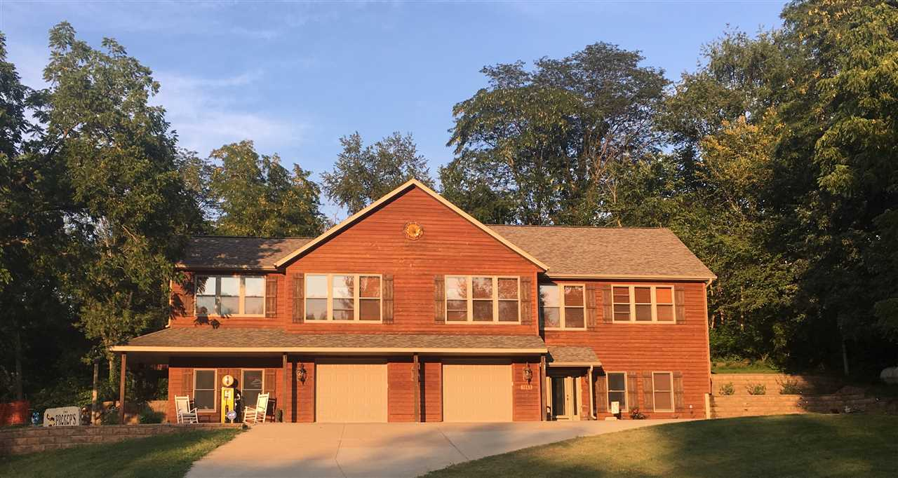 1643 NE Hickory Circle, Solon, IA 52333