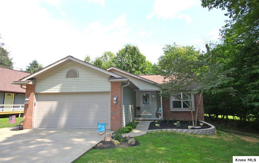 1992 Apple Valley Drive, Howard, OH 43028