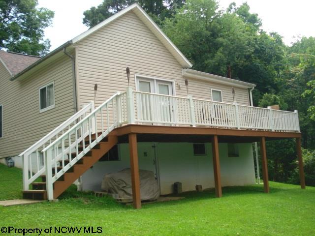 892 COUNTRY CLUB ROAD, FAIRMONT, WV 26554  Photo 13