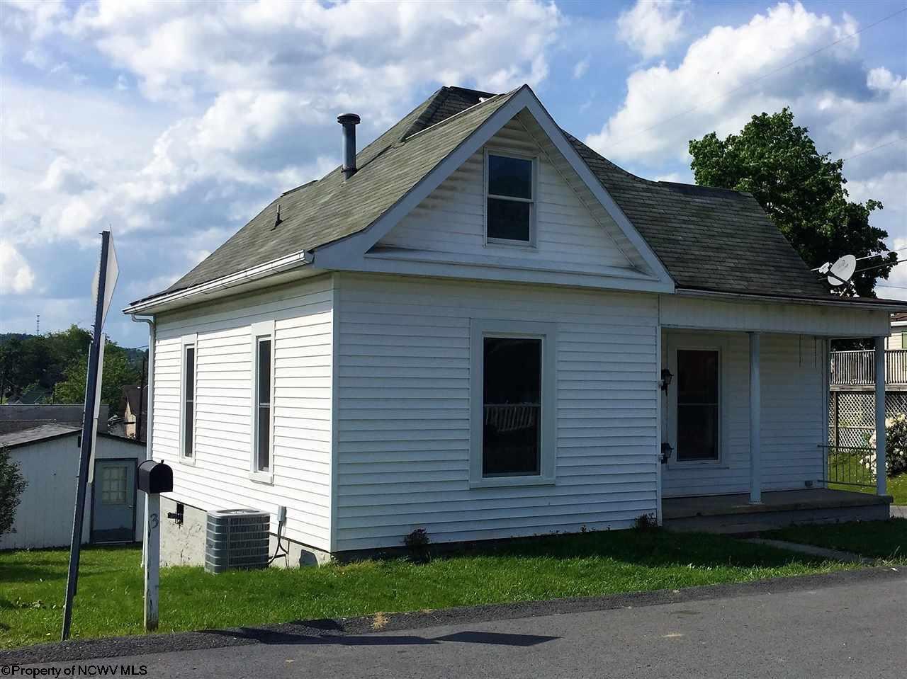324 TYGART STREET, FAIRMONT, WV 26554