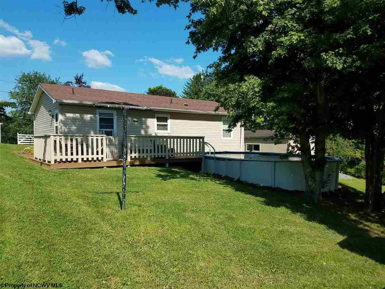 2101 MANUEL DRIVE, FAIRMONT, WV 26554  Photo 3