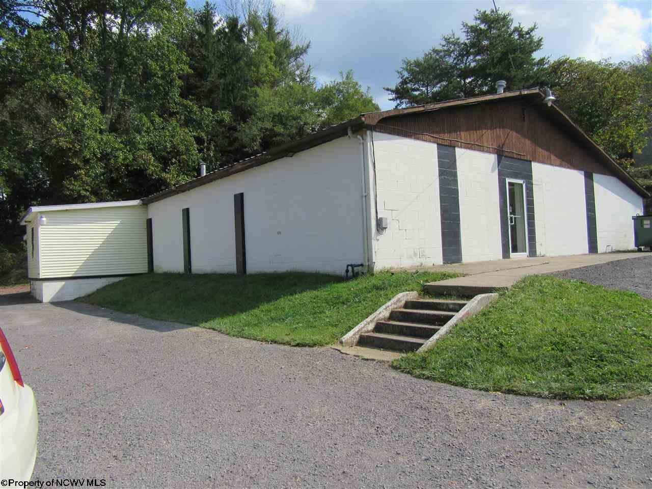 486 HAMPTON ROAD, FAIRMONT, WV 26554