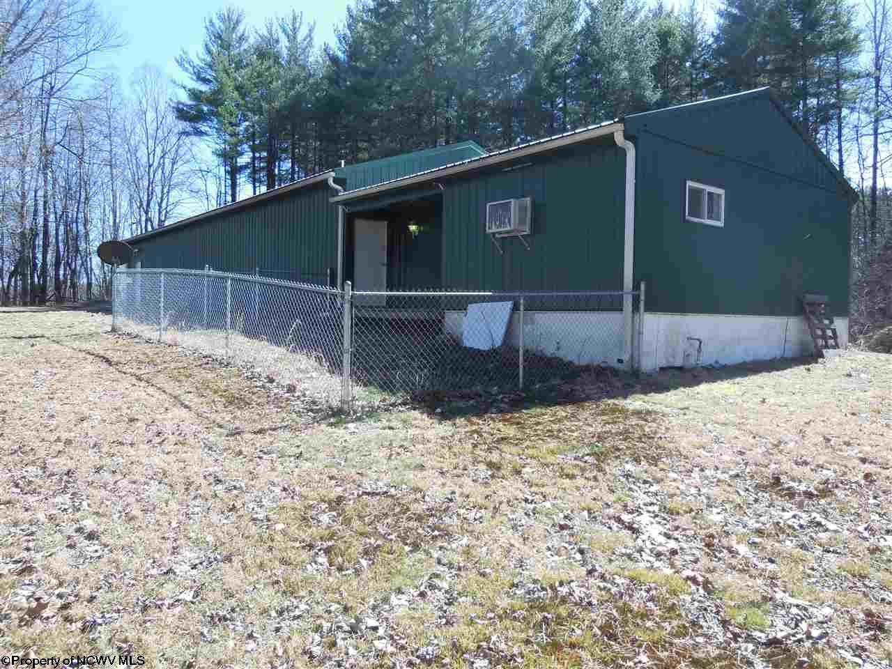 130 TIMBERLINE DRIVE, FAIRMONT, WV 26554