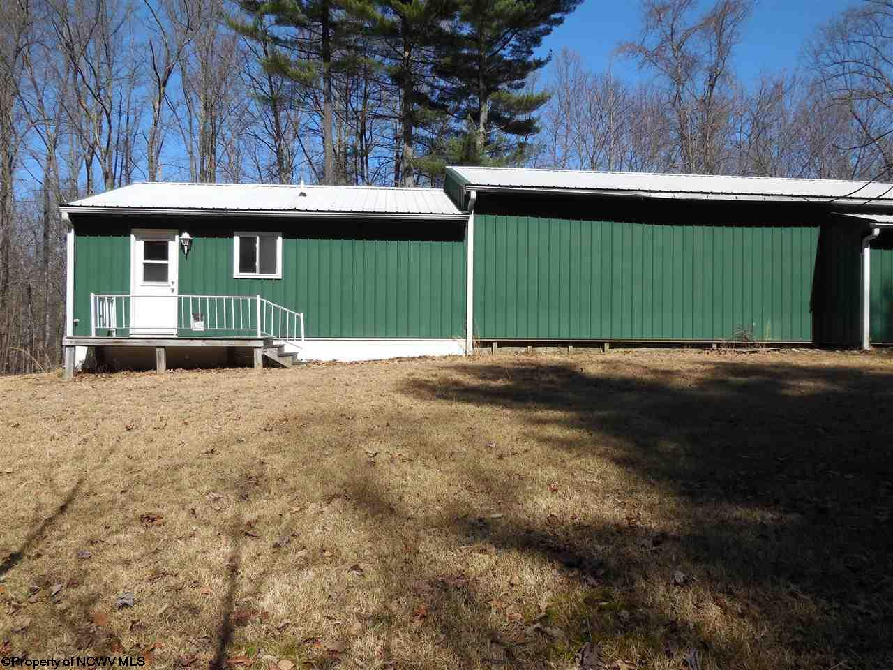 130 TIMBERLINE DRIVE, FAIRMONT, WV 26554  Photo 4