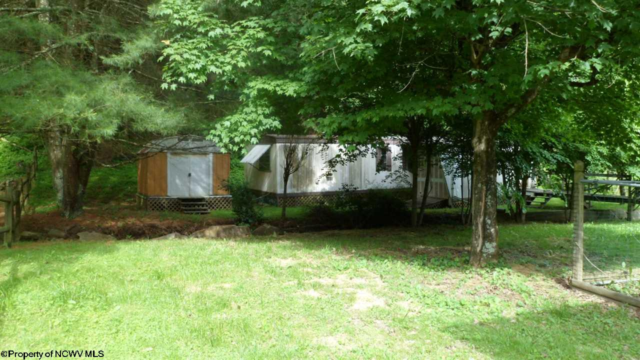 544 E GRAFTON ROAD, FAIRMONT, WV 26554  Photo 19