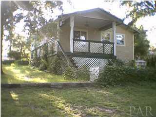 10290 WESTLAKE RD, MILTON, FL 32583