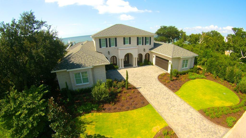 Gulf Breeze                                                                      , FL - $3,250,000