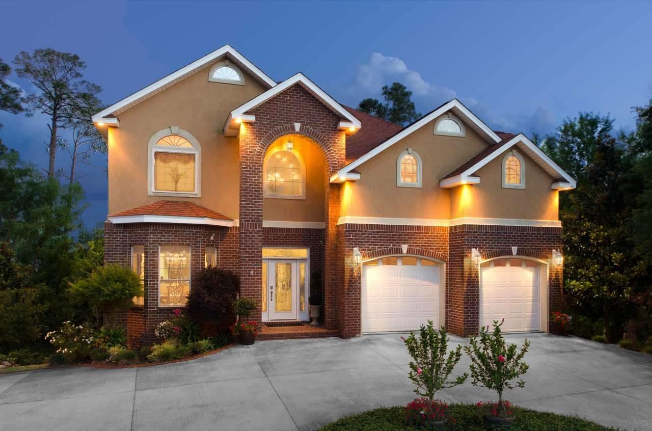 Navarre                                                                      , FL - $775,000