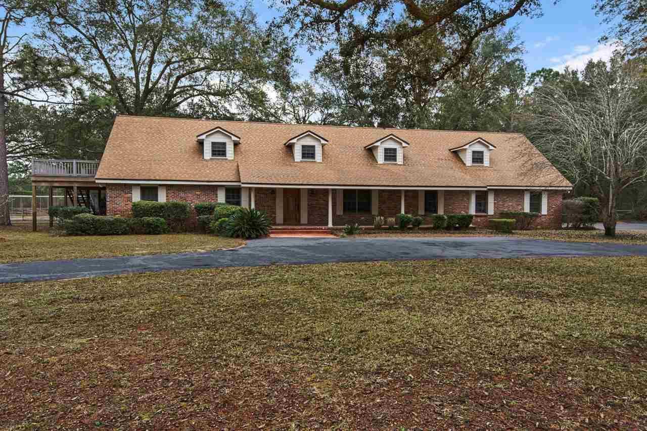 Milton                                                                      , FL - $699,000