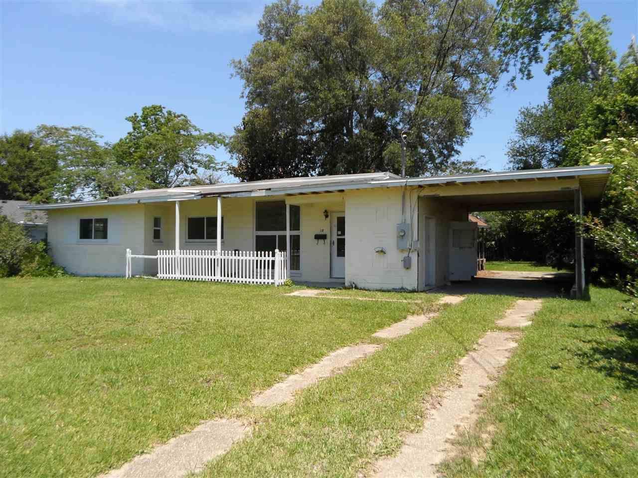 18 EATON RD, PENSACOLA, FL 32526