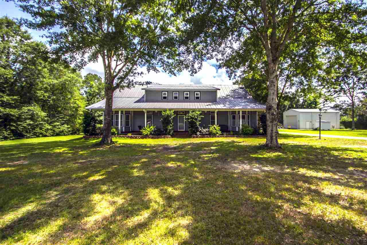 1289 NEAL RD, CANTONMENT, FL 32533