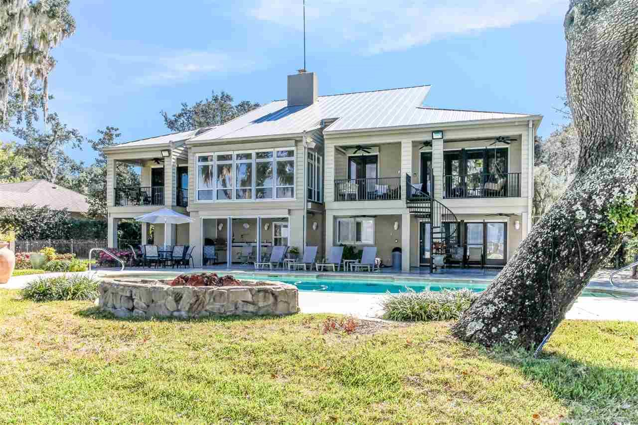 Gulf Breeze                                                                      , FL - $1,990,000