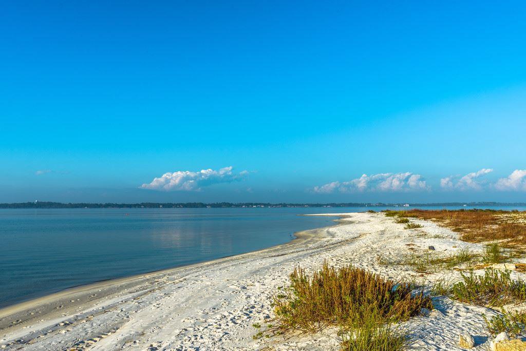 Navarre                                                                      , FL - $825,000