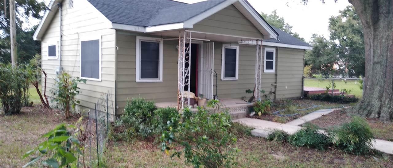 2906 W MORENO ST, Pensacola, Florida