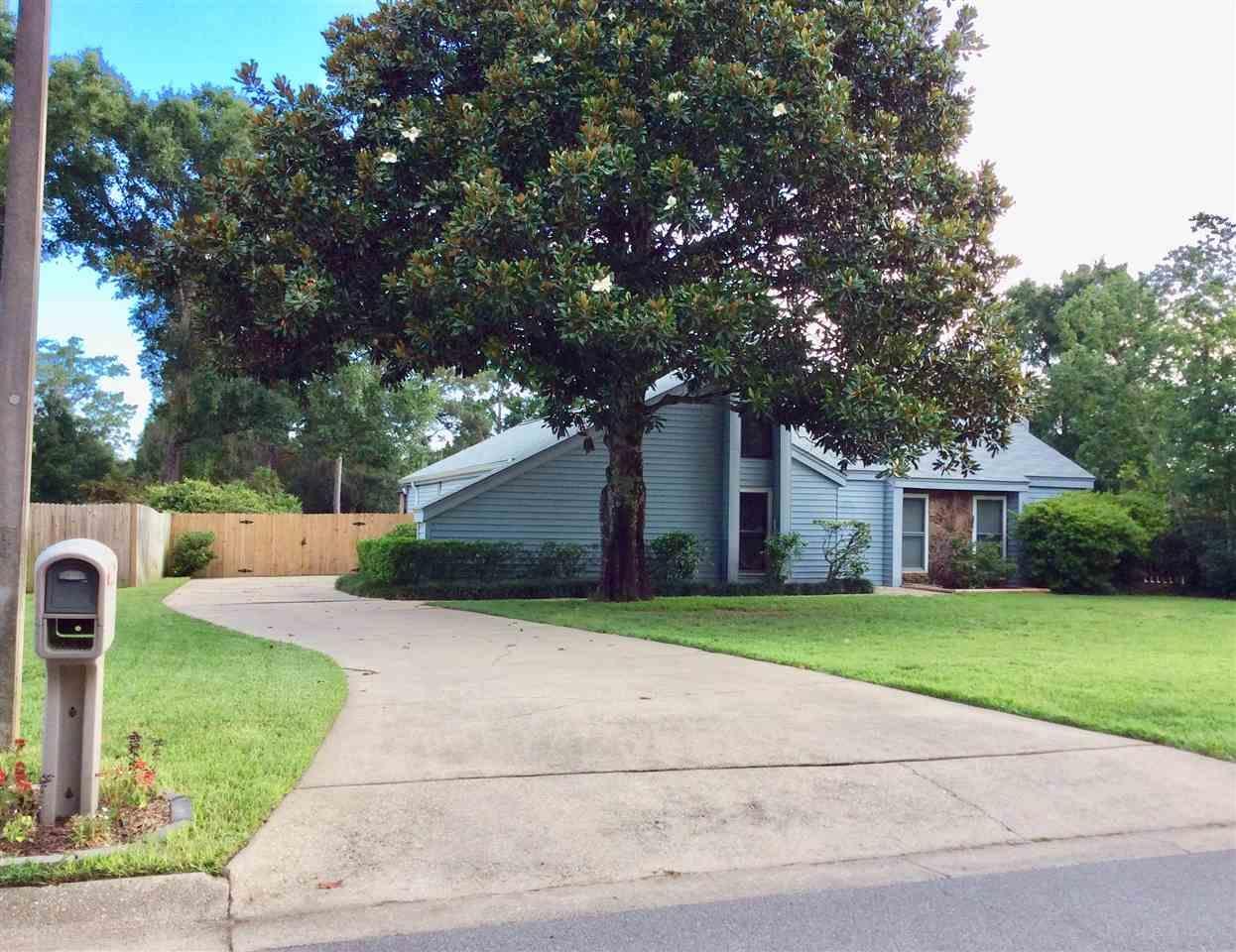 1175 NORTON DR, Pensacola, Florida