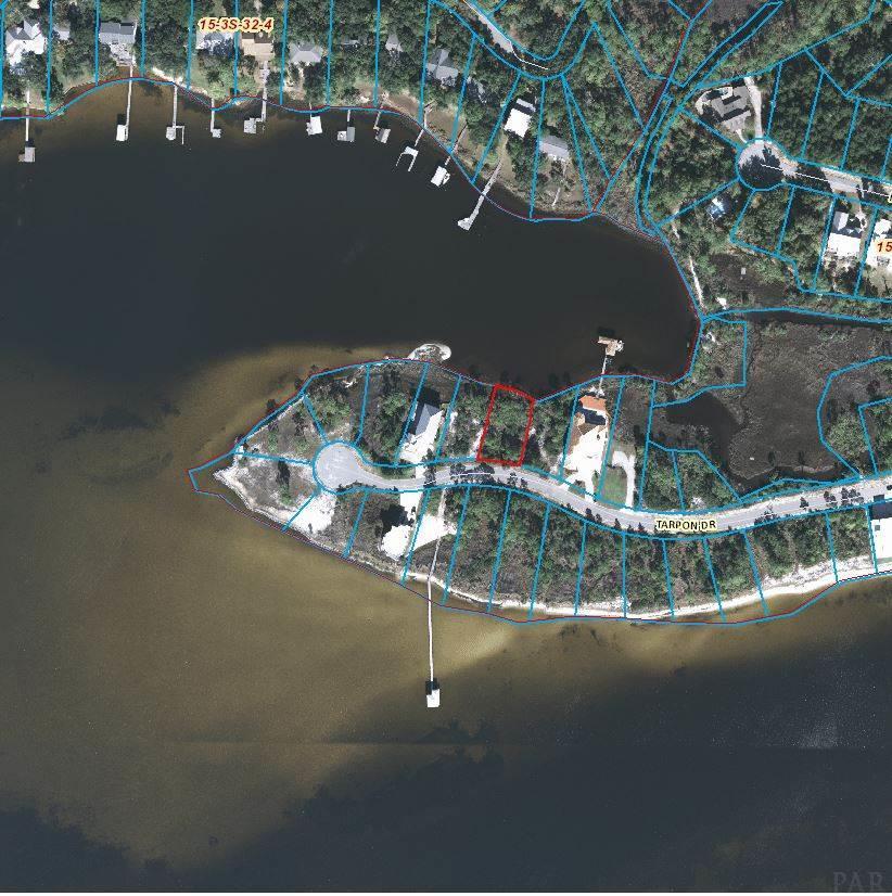 16326 TARPON DR, Pensacola, Florida