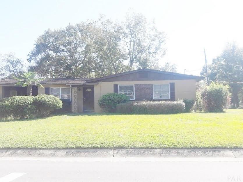 927 MONTCLAIR RD, Pensacola, Florida