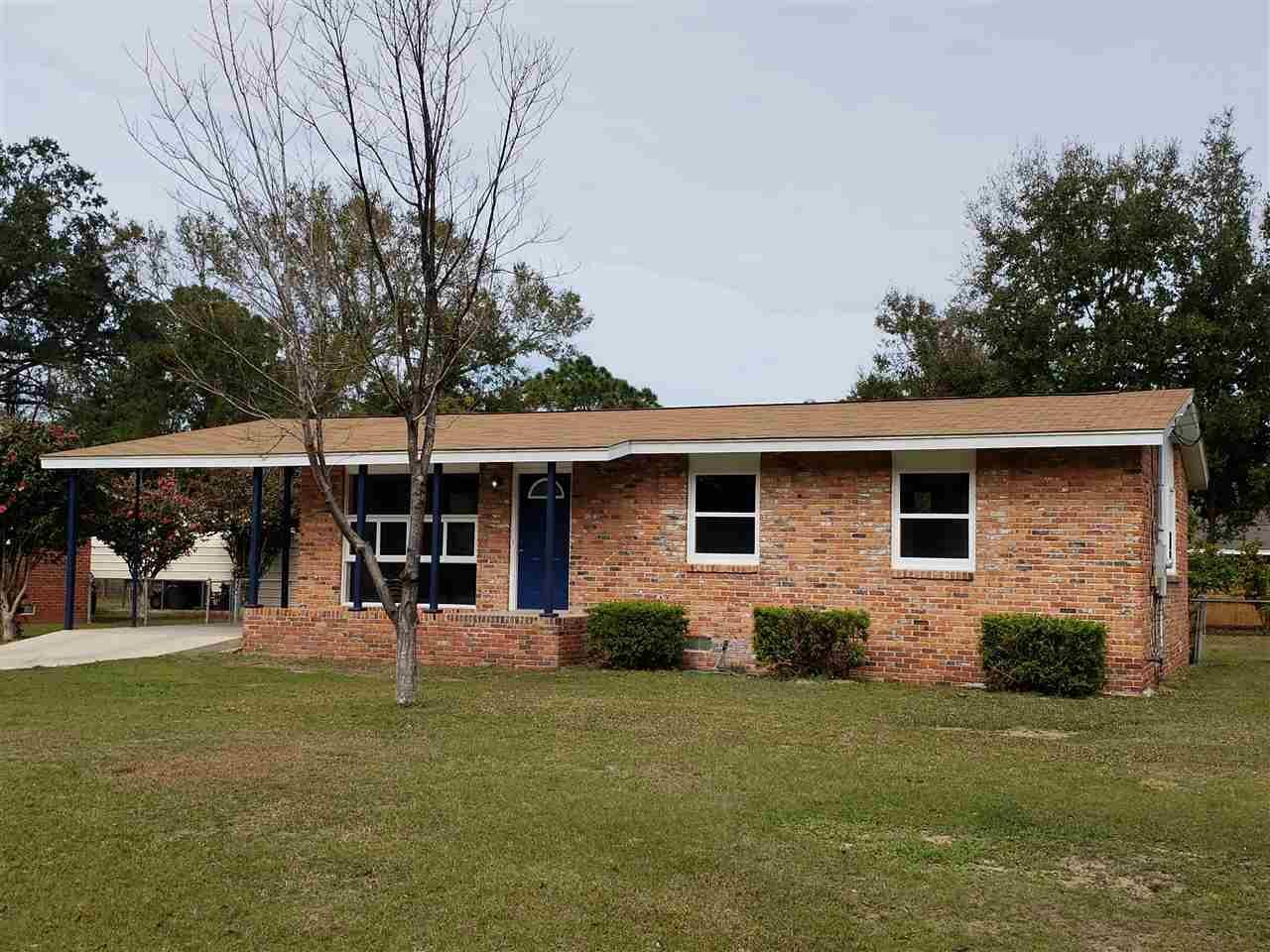 3830 WHISPERING PINES DR, Pensacola, Florida