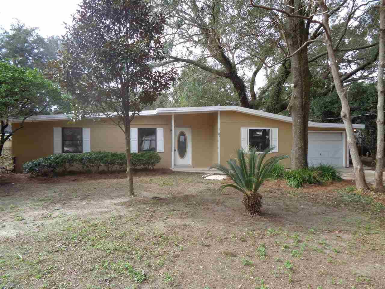 4703 CHRISTY DR, Pensacola, Florida