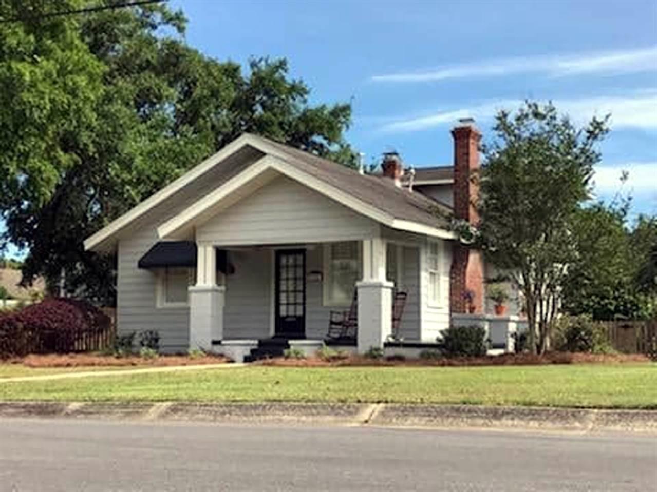 1901 E HERNANDEZ ST, Pensacola, Florida