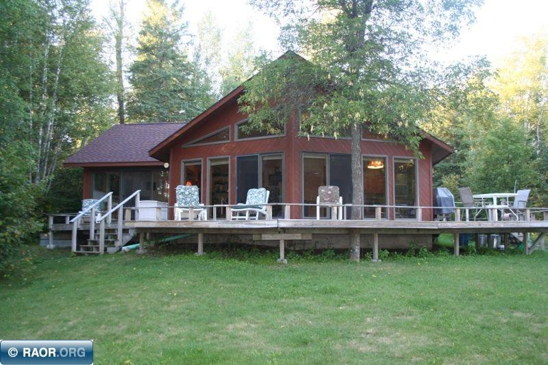 2822 Niles Bay Forest Road, Buyck, MN 55771