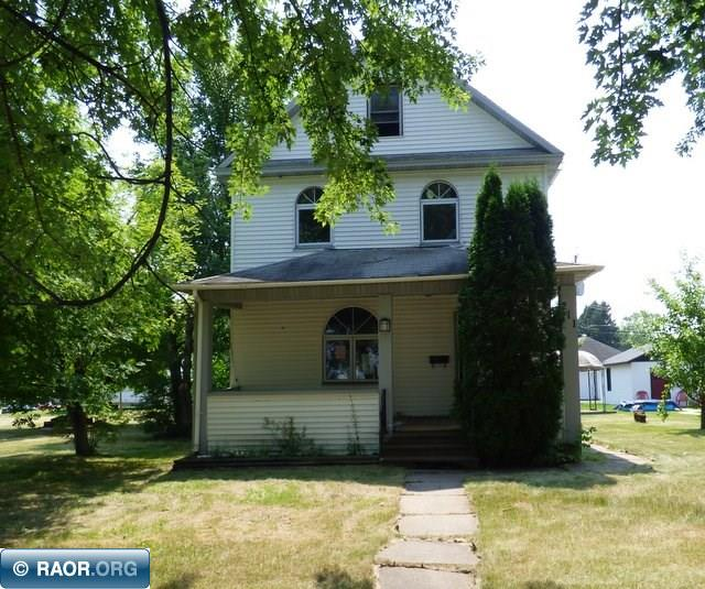 Very large lot. 3 bedrooms with open front porch. Freeze damage no heat and sold as is. 3rd bedroom is in upper floor