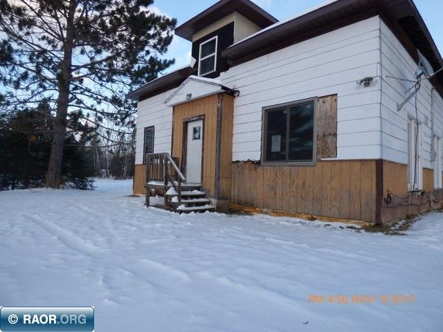 SOLD AS IS Buyers responsible for septic inspection and any updates. Home is in dis repair. Possible Freeze damage no heat. CASH ONLY  Nice oversized garage.