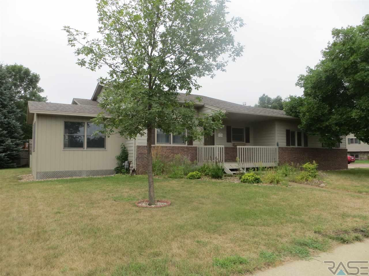 5705 W Silver Valley Dr, SIOUX FALLS