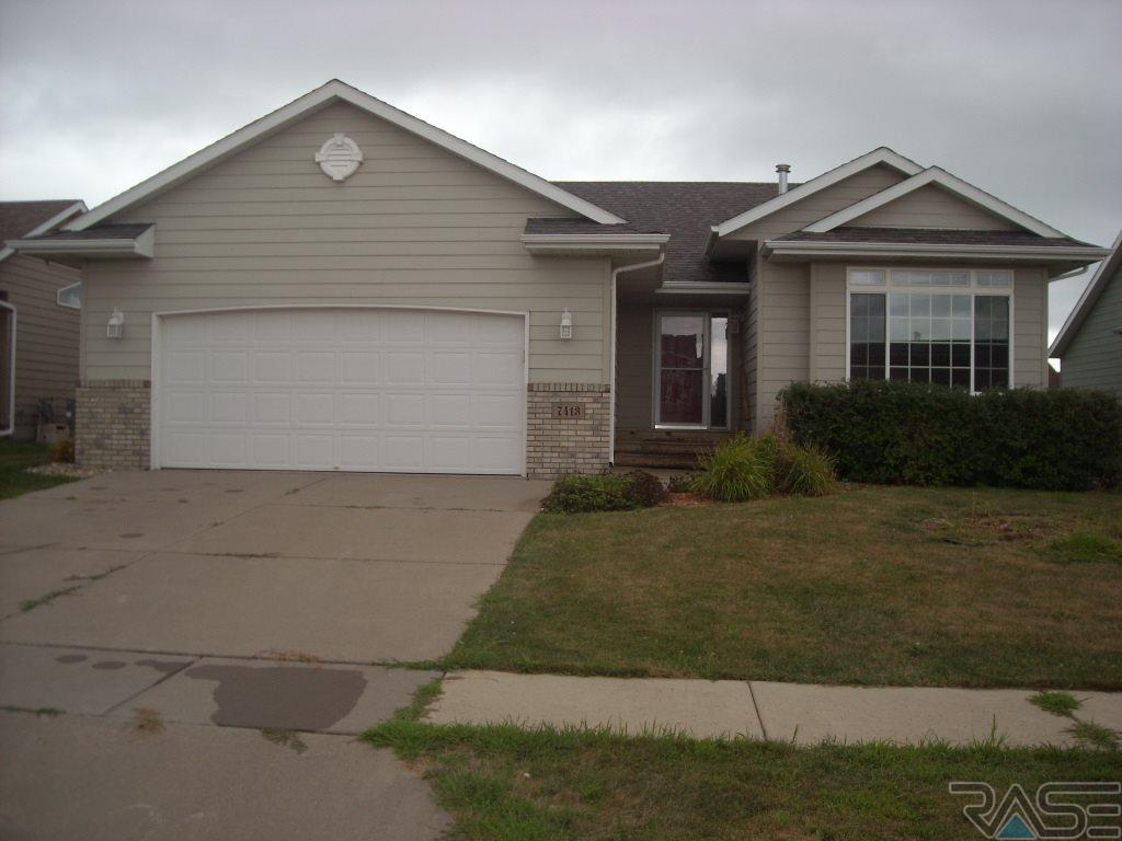 7413 W 52nd St, SIOUX FALLS