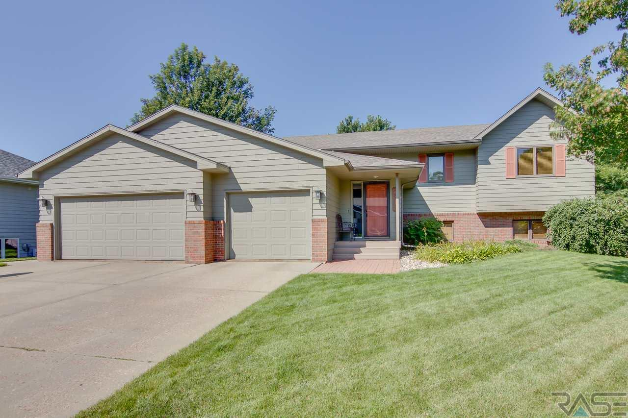 2313 S Roosevelt Ave, SIOUX FALLS