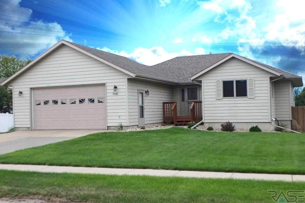 7100 W 32nd St, SIOUX FALLS