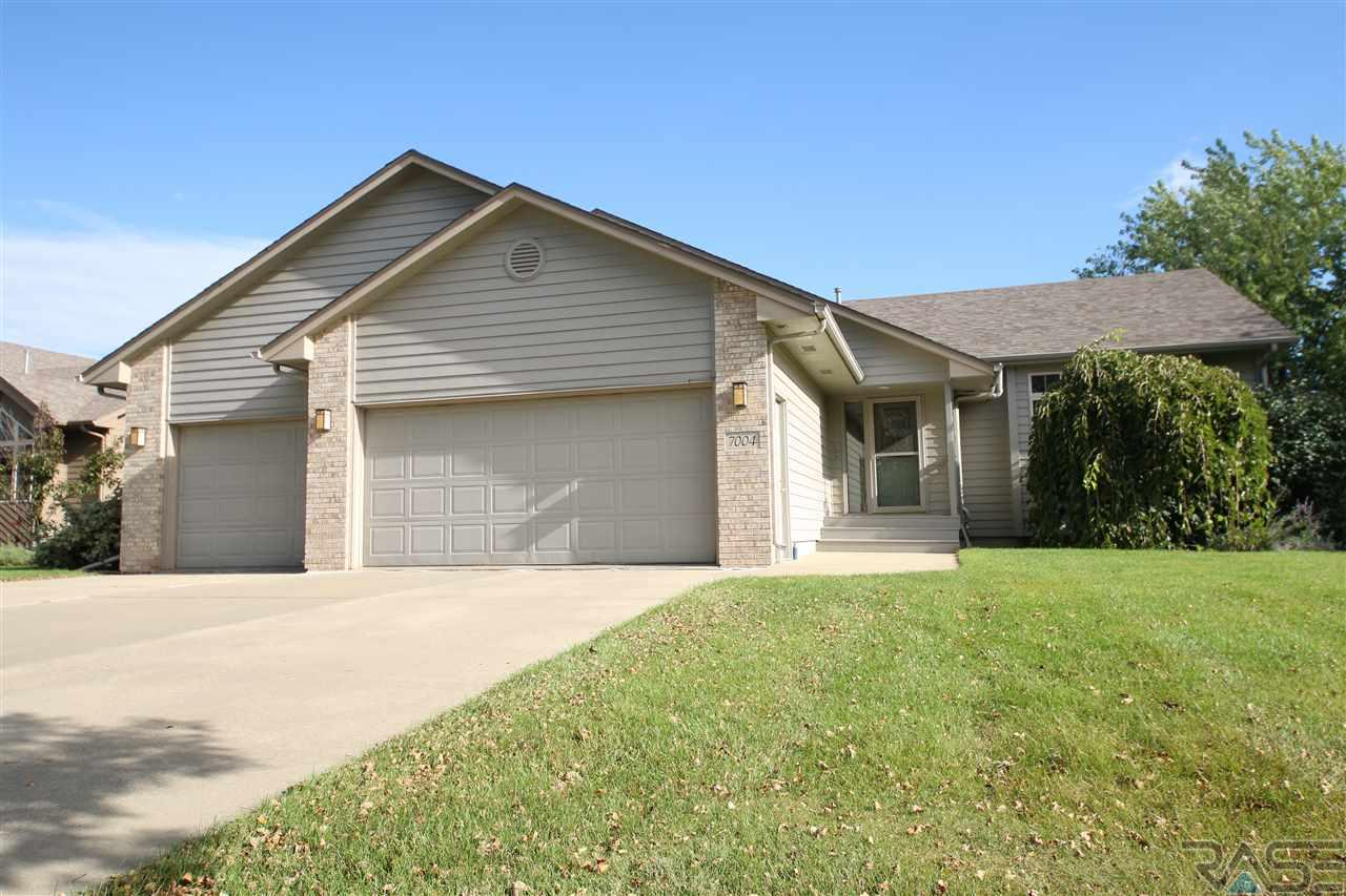 7004 W 22nd St, SIOUX FALLS
