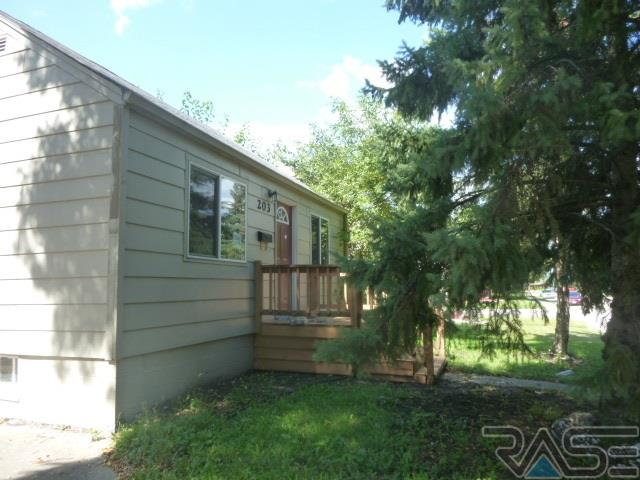 203 S Holly Ave, SIOUX FALLS